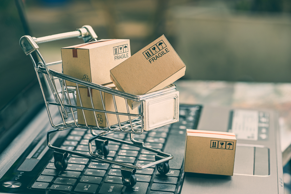 Shopping cart with packages